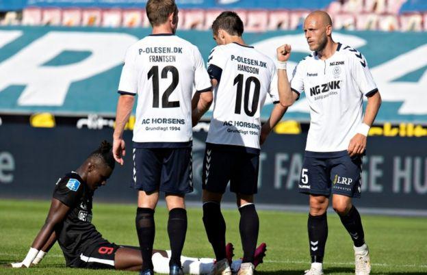 Danimarka'nın Superliga futbol şampiyonası kapalı kapılar ardında yeniden başladı