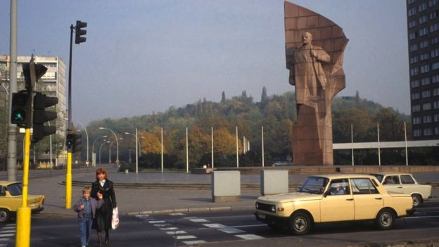 Lenin's statue towers over Lenin Square in East Berlin in October 1989