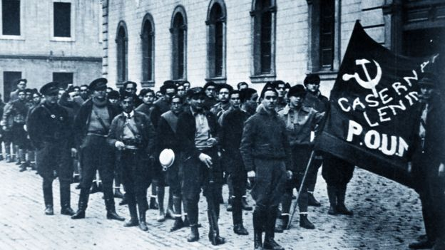 La milicia POUM en Barcelona en 1936