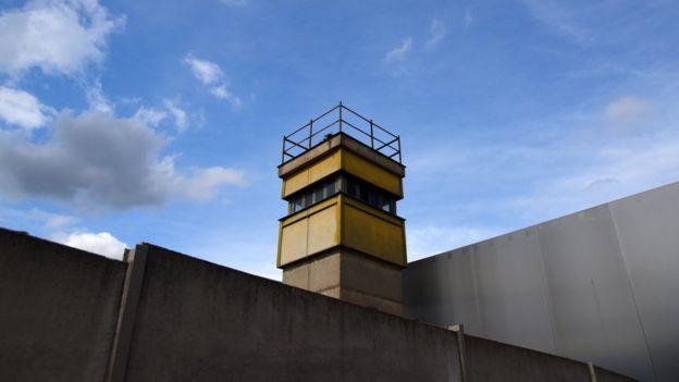 torre do muro de berlim