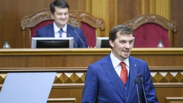 Алексей Гончарук Украинанын тарыхындагы эң жаш премьер-министр болуп калды