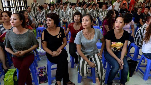 Nữ tù nhân chờ được ân xá trong một trại giam (hình chụp năm 2015)