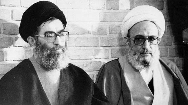 محمدرضا مهدوی کنی در کنار آیتالله خامنهای