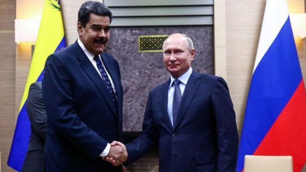 Nicolás Maduro, presidente da Venezuela, e Vladimir Putin, presidente da Rússia