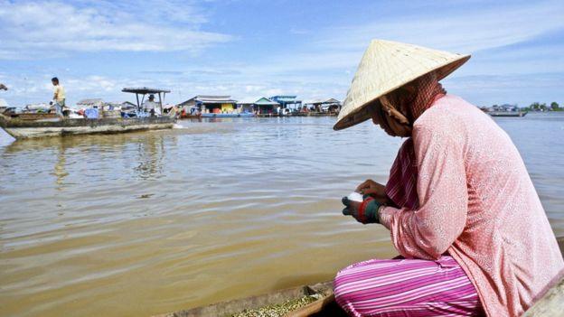 Nhiều người gốc Việt sinh sống bằng nghề đánh bắt cá ở Tonle Sap
