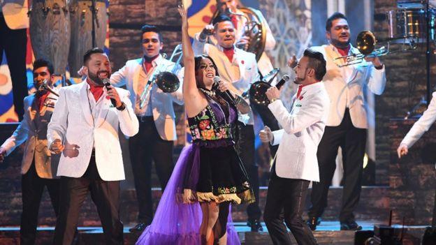 Lila Downs y Banda El Recodo en los Grammy Latinos, Las Vegas, Nevada