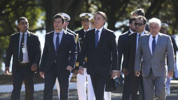 O Presidente Jair Bolsonaro e o ministro da Justiça, Sergio Moro durante Cerimônia de Comemoração do 154 Aniversário da Batalha Naval do Riachuelo