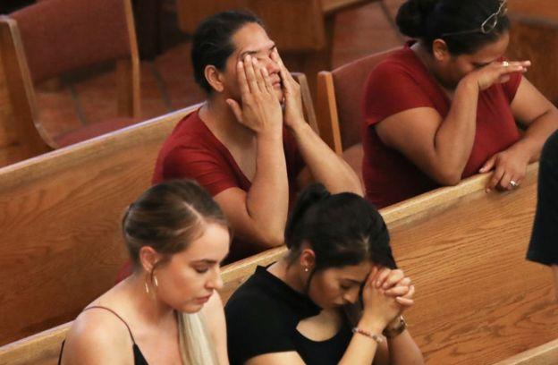 Оплакують жертв