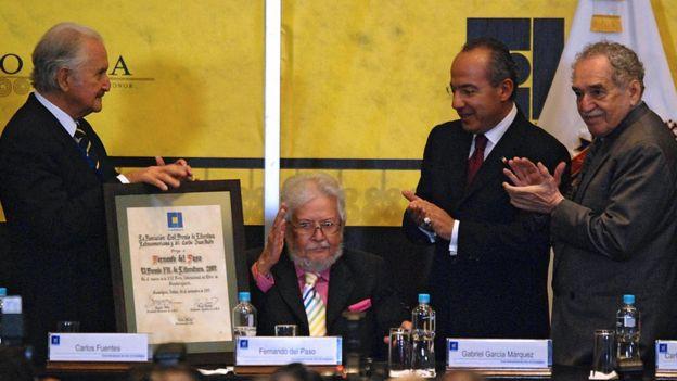 Entrega del premio de la FIL 2007