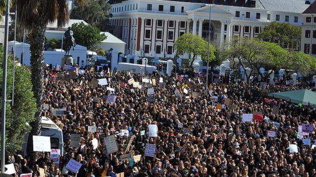 Güney Afrika'da kadına şiddetle mücadele eylemi