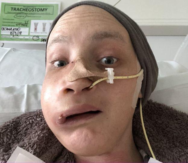 Jen Taylor en el hospital