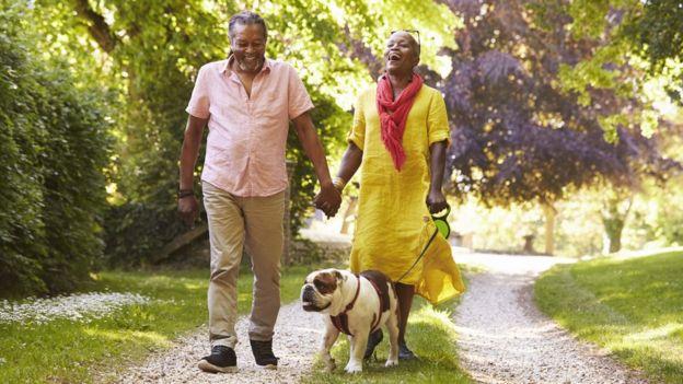 متخصصان بر این باورند که سالمندان زندگی سرشارتر و سالمتری نسبت به دهههای گذشته دارند