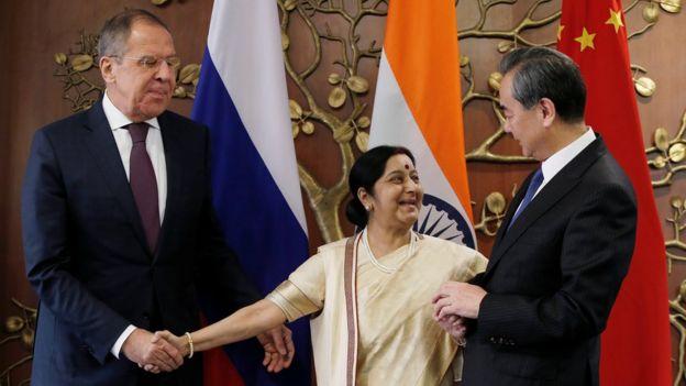俄、印、中外長。