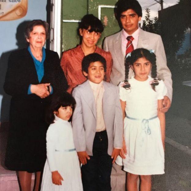 Foto de Guarneros de niña con su familia (Foto: Ali Guarneros Luna)