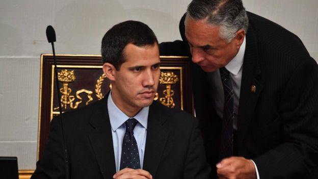 Juan Guaido, 20'den fazla ülkenin desteğini alıyor.