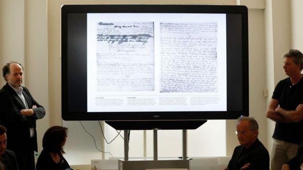 Descubren páginas inéditas del diario de Ana Frank