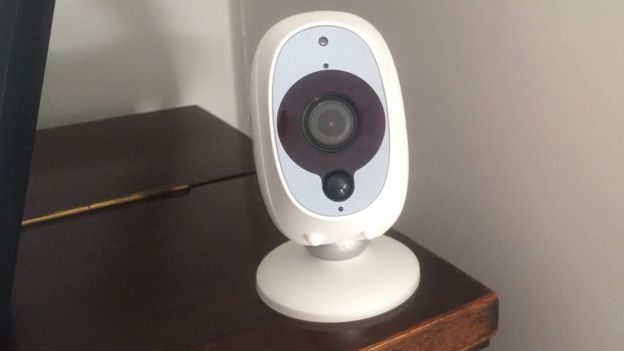 Swann home security camera sends video to wrong user - BBC News