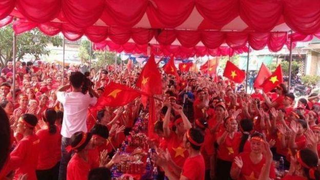 Việt Nam, Hội Cờ đỏ
