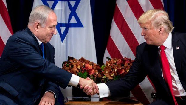ترامب يصرح لأول مرة قبل اجتماعه مع نتنياهو بتفضيله حل الدولتين