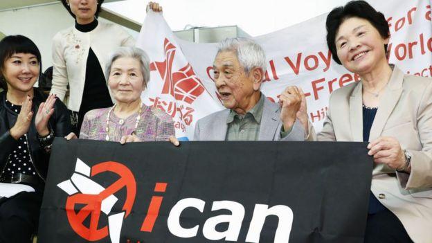 sobreviviente de ataque nuclear en Japón celebran el premio