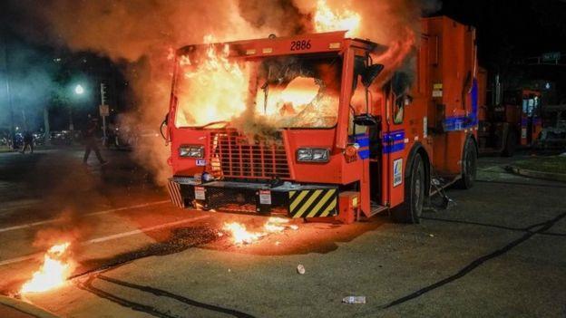 Машина в огне в Кеноше