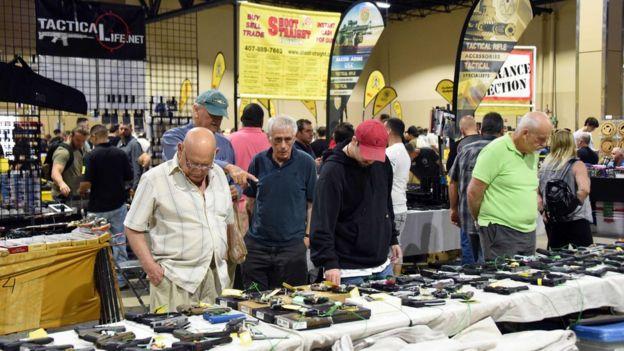 Asistentes al Florida Gun Show