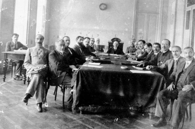 1918 - Qafqazda mübahisəli ərazilər və silahlı toqquşmalar ili
