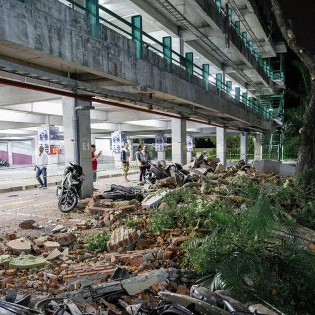 Kerusakan di pertokoan di Bali akibat gempa Minggu (05/08).