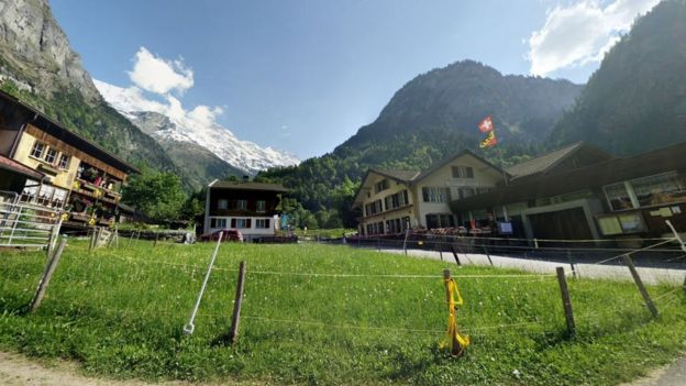 Cirque de Soleil performer died in Swiss paraglider crash