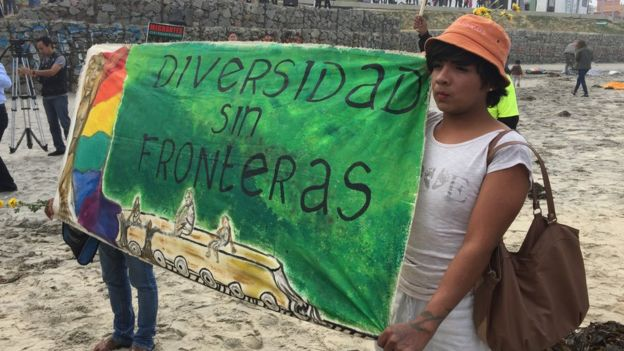 "Protesters holding a Spanish banner, which reads ""diversity without borders"", Tijuana, Mexico, 29 April 2018"