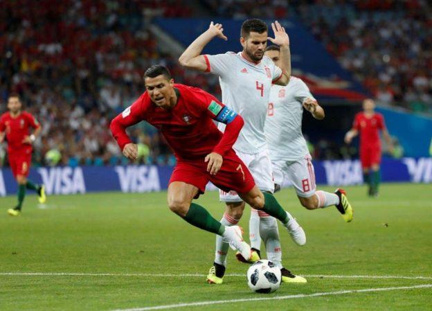 No hubo dudas de la falta de Nacho sobre Ronaldo, su compañero en el Madrid.