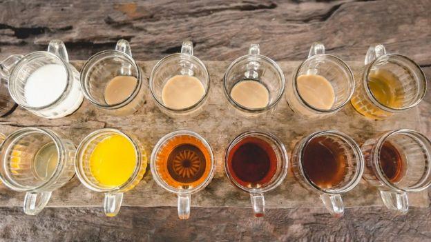مجموعة من أنواع الشاي