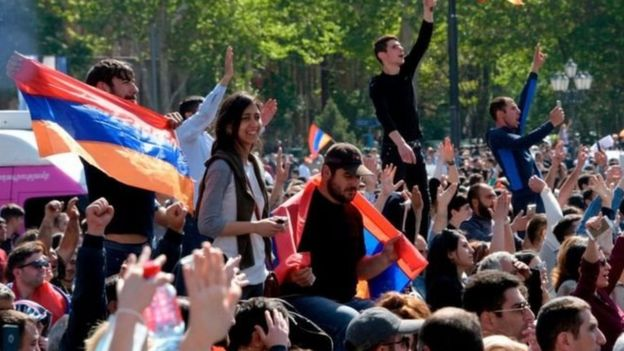Весной 2018 года под давлением уличных протестов в отставку ушел президент Армении Серж Саргсян