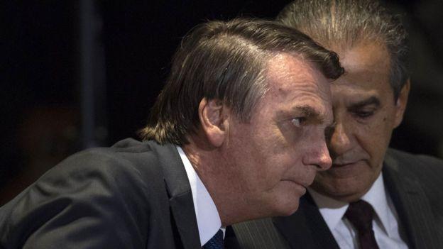 Silas Malafaia habla al oirdo de Jair Bolsonaro.