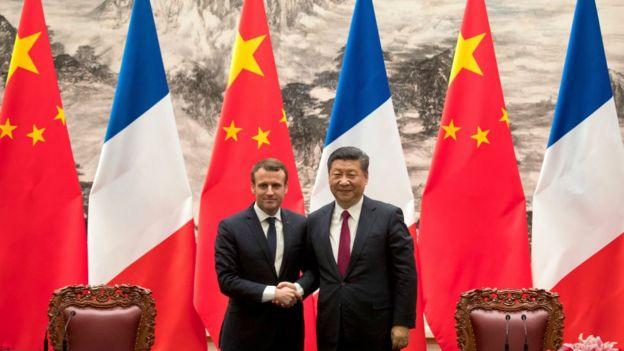 Emmanuel Macron and Xi Jinping