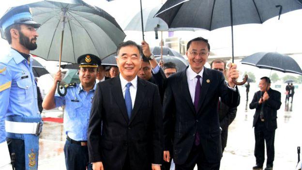 中国副总理汪洋13日访问了一处巴基斯坦的空军基地。