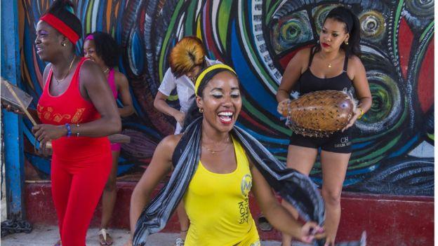 Rumba dancers in Havana Cuba