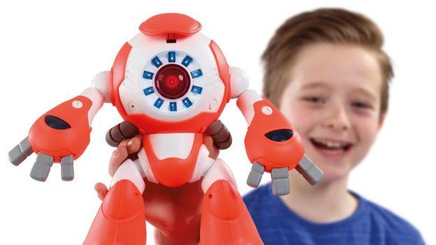 robot i-Que