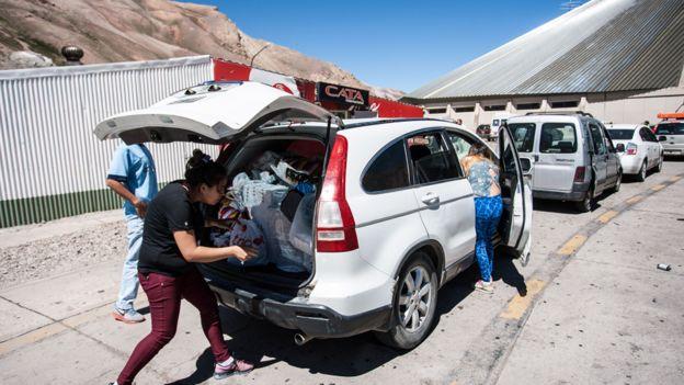 Argentino de compras en Chile