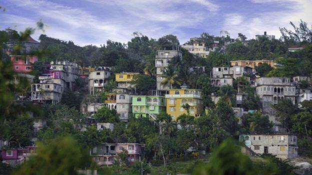 Casas coloridas en Jamaica.