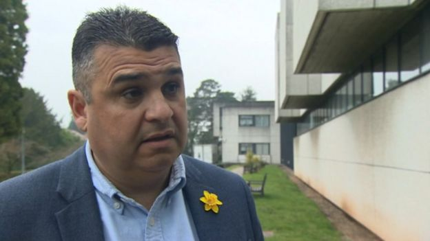 Neil McEvoy bids to rejoin Plaid Cymru - BBC News