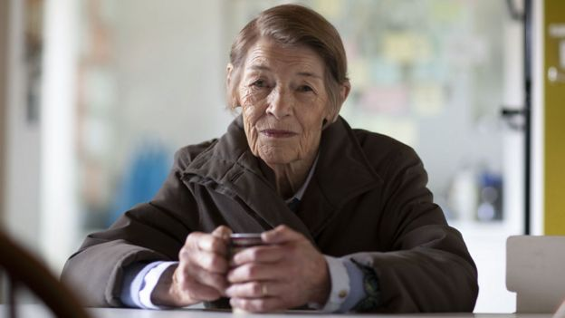 Glenda Jackson in Elizabeth Is Missing