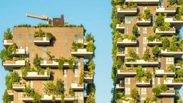 """Bosco Verticale es una torre """"viviente"""" localizada en Milan, Italy."""