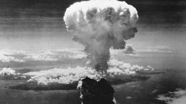 Foto aérea de la bomba de Nagasaki.