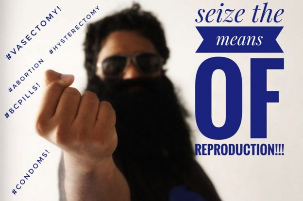 Samuel promueve los métodos anticonceptivos en su página en Facebook.