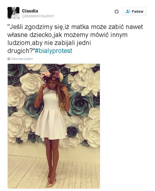 tweet in Polish, image of woman in white dress