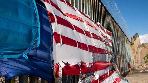 Frontera entre EE.UU.-México en Playas de Tijuana, estado de Baja California, México, el 8 de marzo de 2019