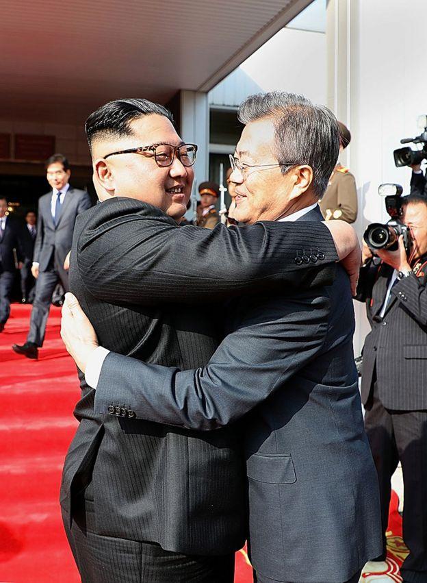 2018年5月26日,文在寅与金正恩在板门店会晤。