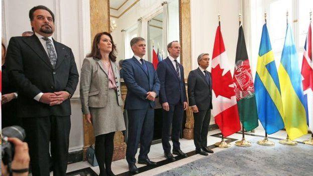 وزرای خارجه پنج کشور کانادا، بریتانیا، سوئد، اوکراین و افغانستان در نشست امروز لندن شرکت کردند