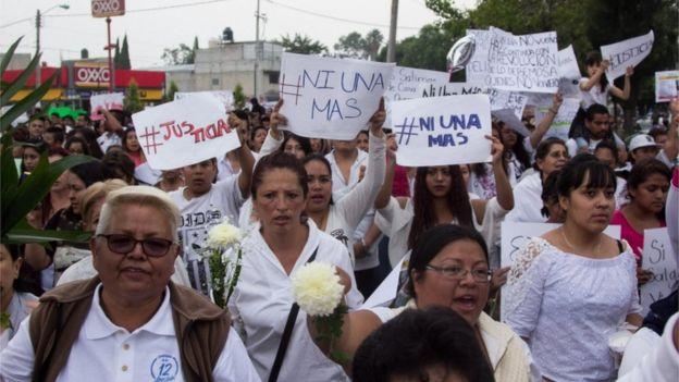 Protesta en Ecatepec en contra de los feminicidios.